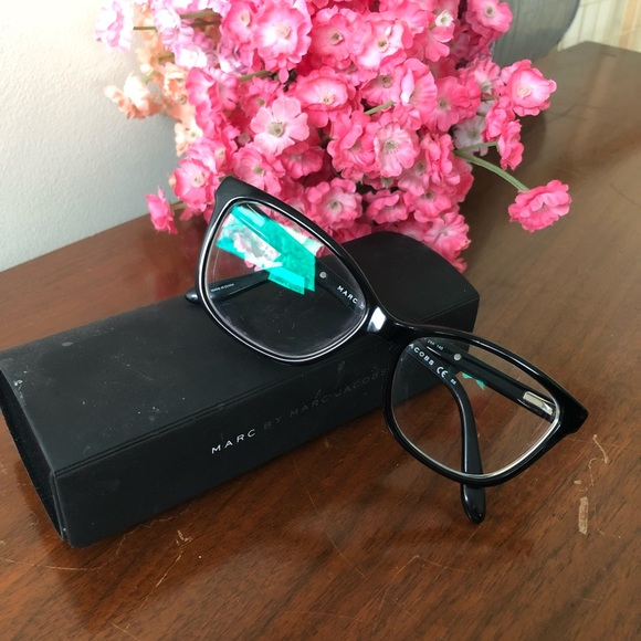 3677d499c604 Marc by Marc Jacobs Eyeglasses. M_5aa80f175521be6e8aaa1963